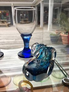 Wave paperweight, blown glass goblet